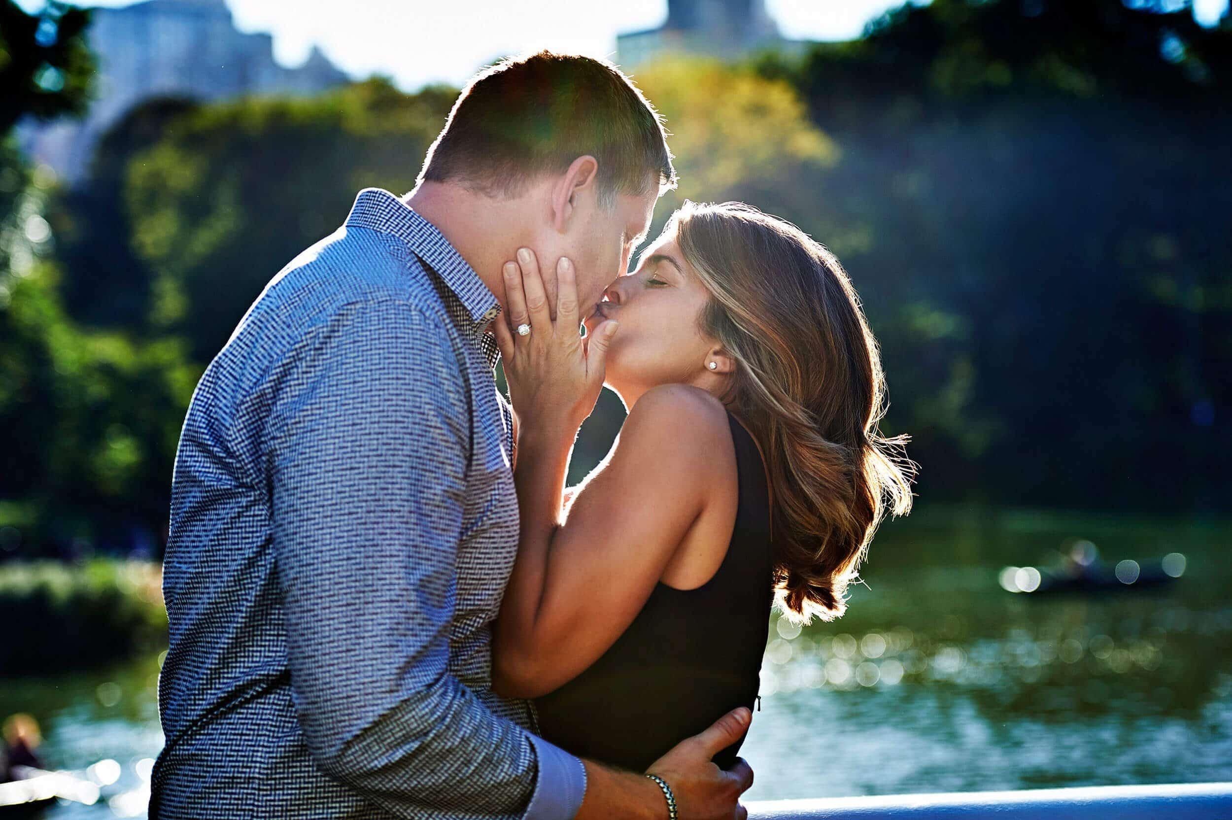 NewYorkCity_Christmas_Photo_Shoot_Couples_Engagement_0001