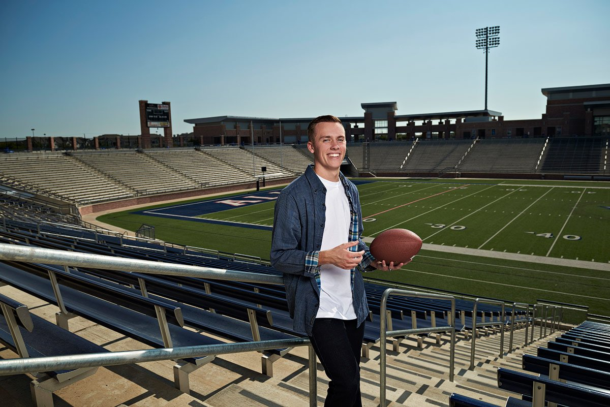 allen senior photos in eagles stadium from the top deck by jeff dietz photography