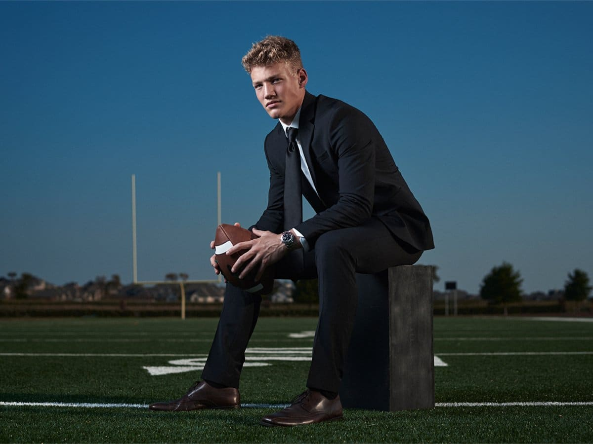 prosper high school senior pictures eagles football player in suit