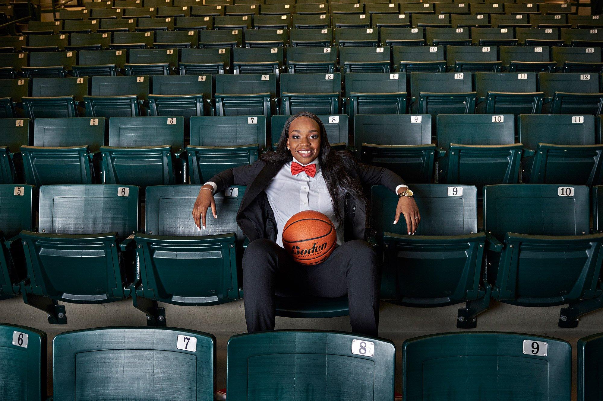 Jordyn Oliver – Prosper Senior Portraits – Girls Basketball
