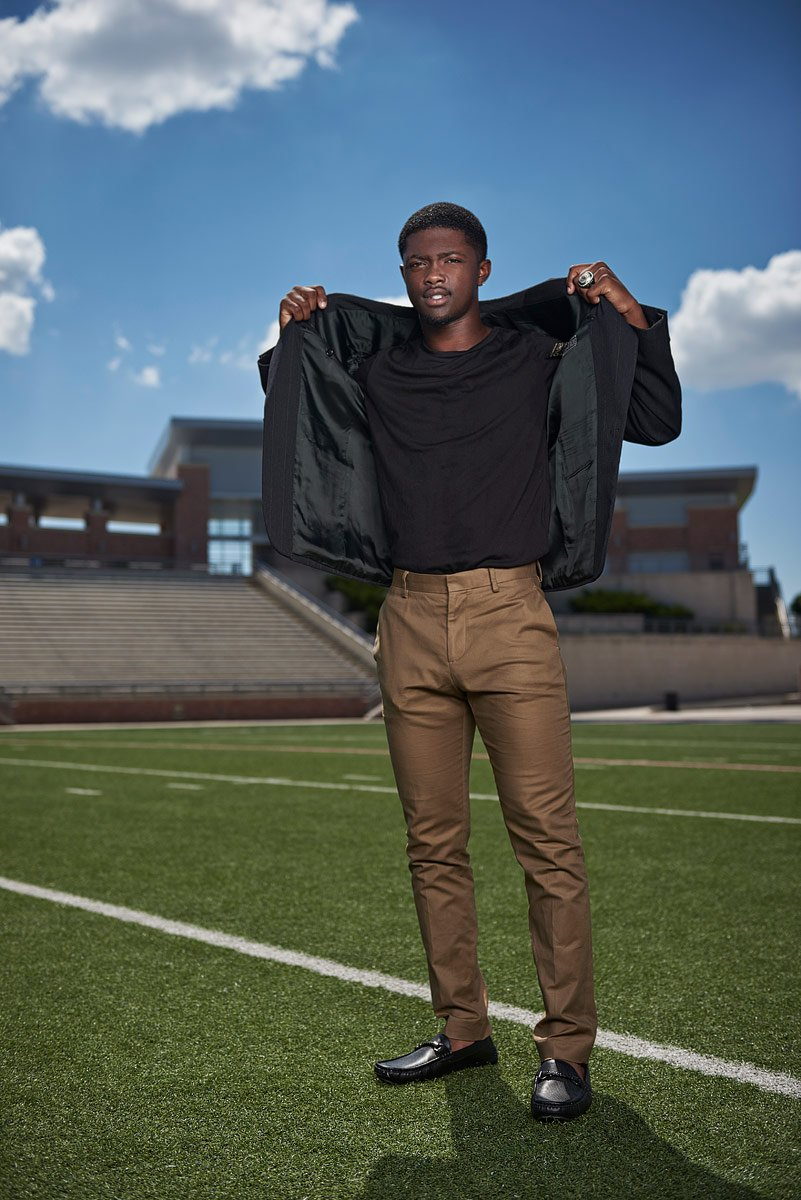 allen sports portraits at the stadium with mo perkins
