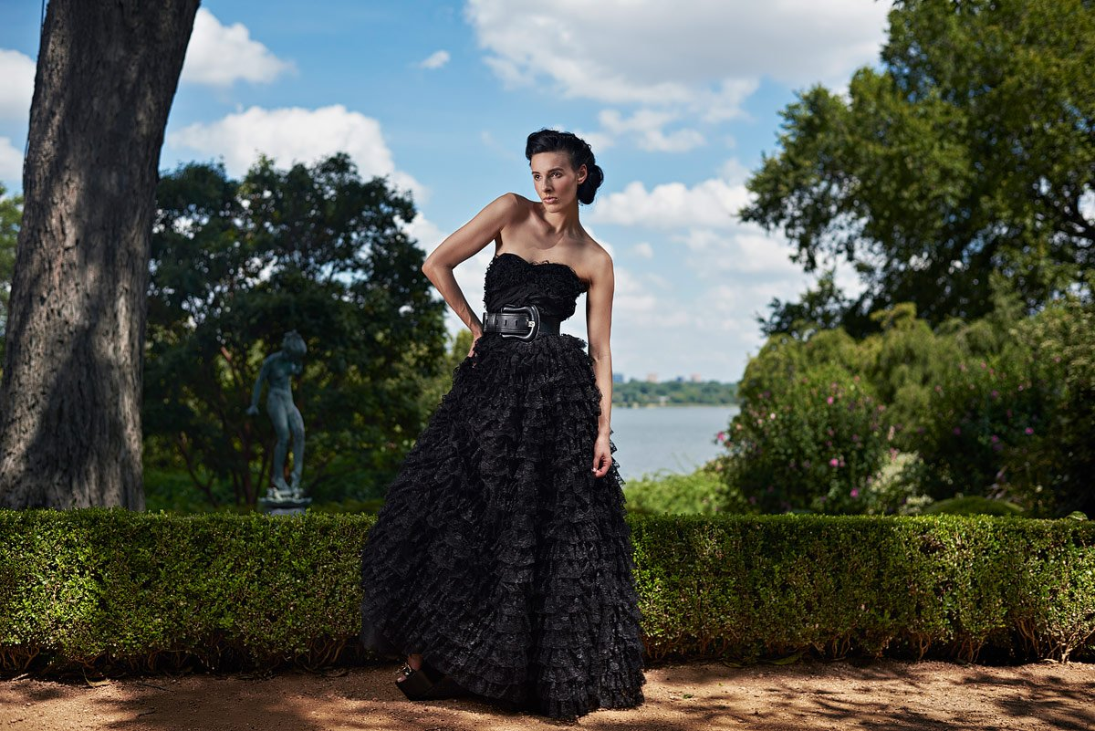 dallas fashion photographer with campbell agency at dallas arboretum photo shoot