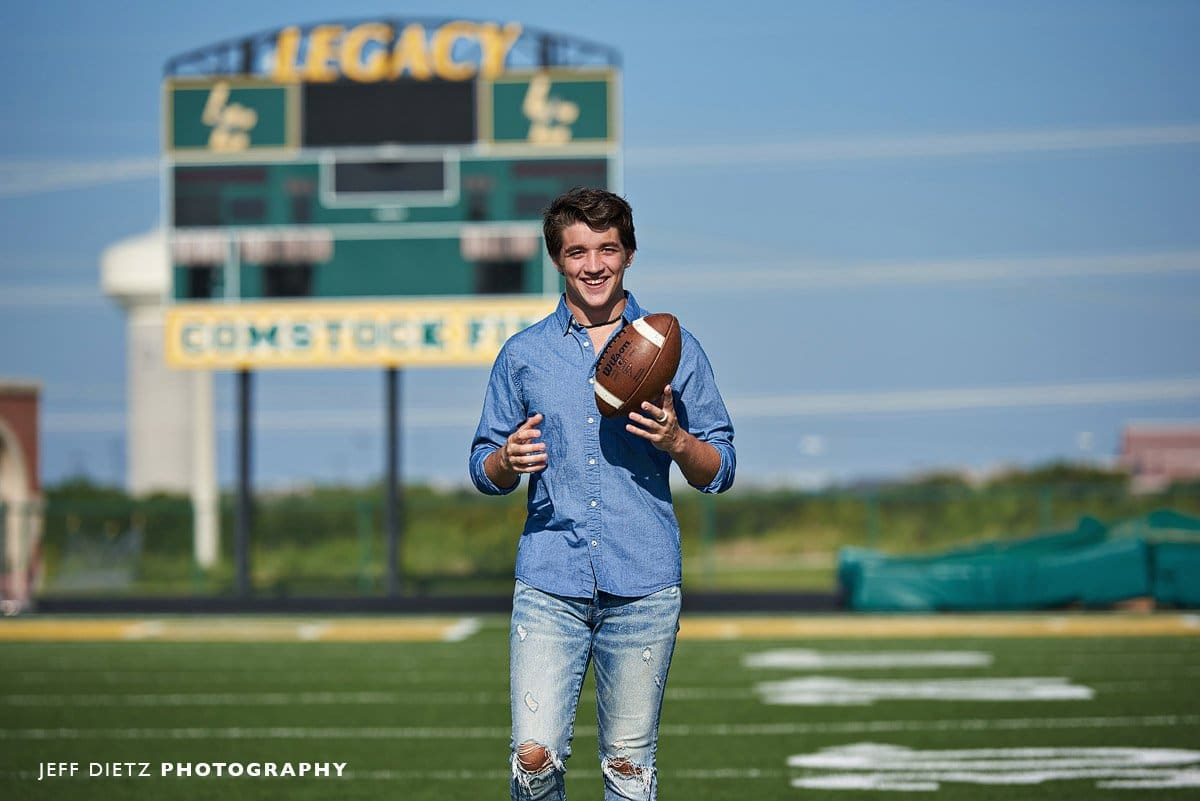 what to wear for senior portraits legacy christian frisco