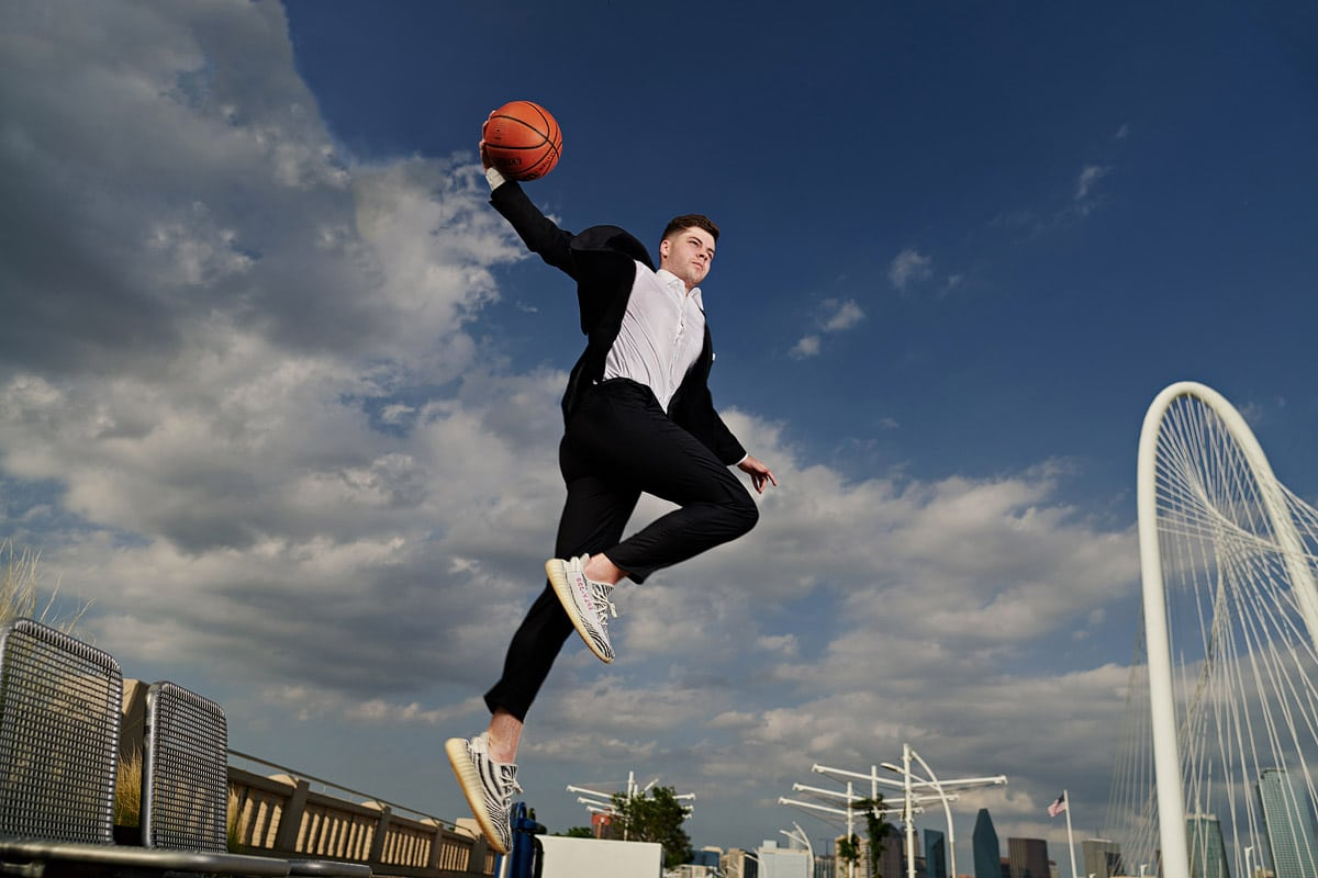 3 dallas senior locations for basketball senior portraits